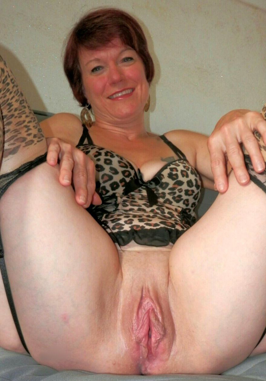 2 matures share a cock
