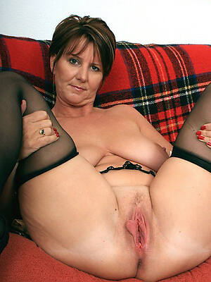 Mature nude solo collection pics