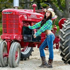 Nude girls and farmall tractors